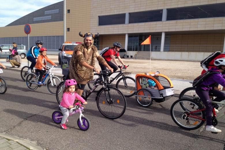 Arroyomolinos disfruta de una nueva edición de la 'Fiesta de la Bicicleta'