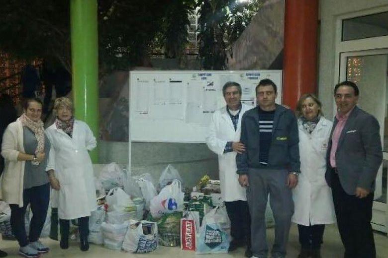El Club Alcorcón Basket recoge 1.500 kilos de comida para Cáritas
