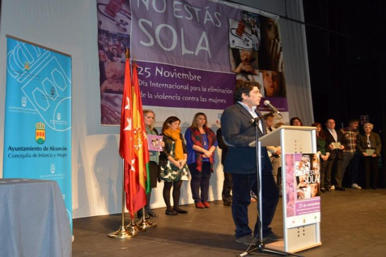 Alcorcón galardona a las instituciones y entidades que luchan contra la violencia de género