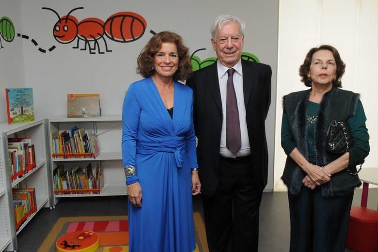 Mario Vargas Llosa ya tiene biblioteca en Madrid