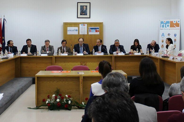 El alcalde de Humanes asiste al Plenario de la Red de Infancia y Adolescencia