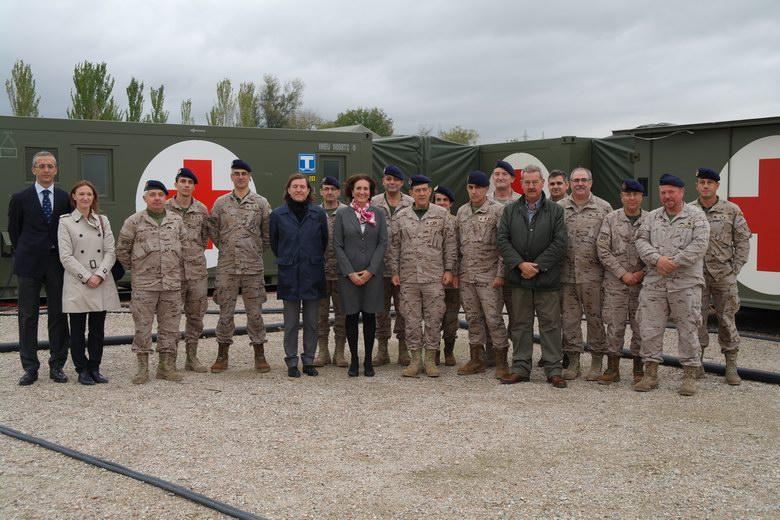 Baltasar Santos visita el hospital de campaña del ejercicio militar 'Batalla Del Toro 2014' en Navalcarnero