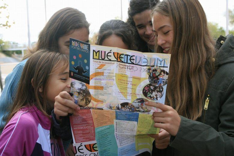 Muévete por Tres Cantos, una guía para facilitar a los jóvenes la ubicación de lugares y servicios de su interés