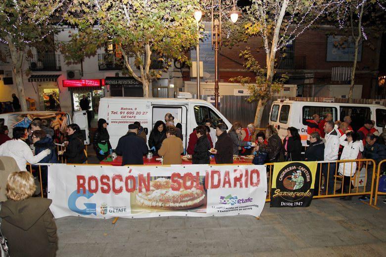El roscon solidario de Getafe recoge 250 kilos de alimentos para las familias más necesitadas