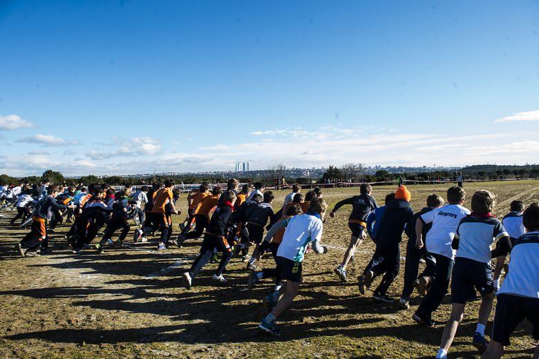 Pozuelo cierra la temporada de cross con la participación de más de 4.400 escolares