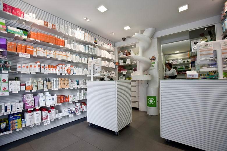 Todas las farmacias de la región de Madrid dispensan ya medicamentos con receta electrónica