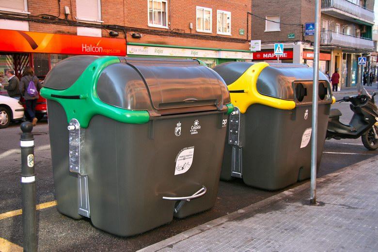 Instalados nuevos contenedores de residuos en Coslada