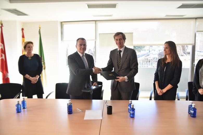 Un Convenio permitirá a alumnos de la UCJC realizar prácticas en el Ayuntamiento de Boadilla