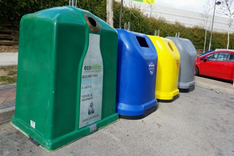 Alcorc n inicia una campa a informativa para explicar a - Como reciclar correctamente ...