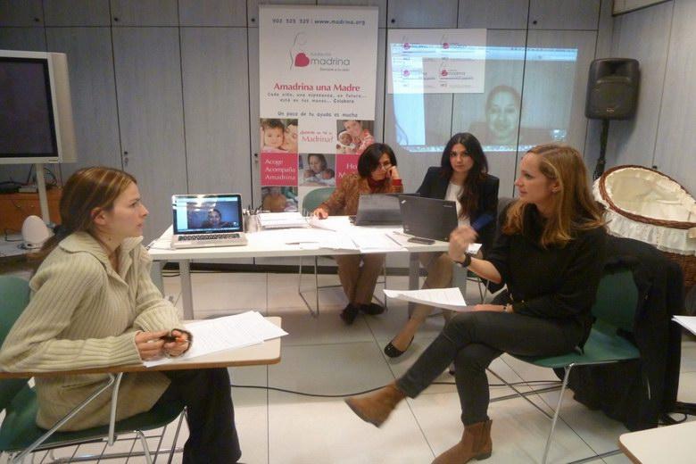 La Asociación de Empresarios de Alcobendas colabora con el proyecto E+E+100 de la Fundación Madrina