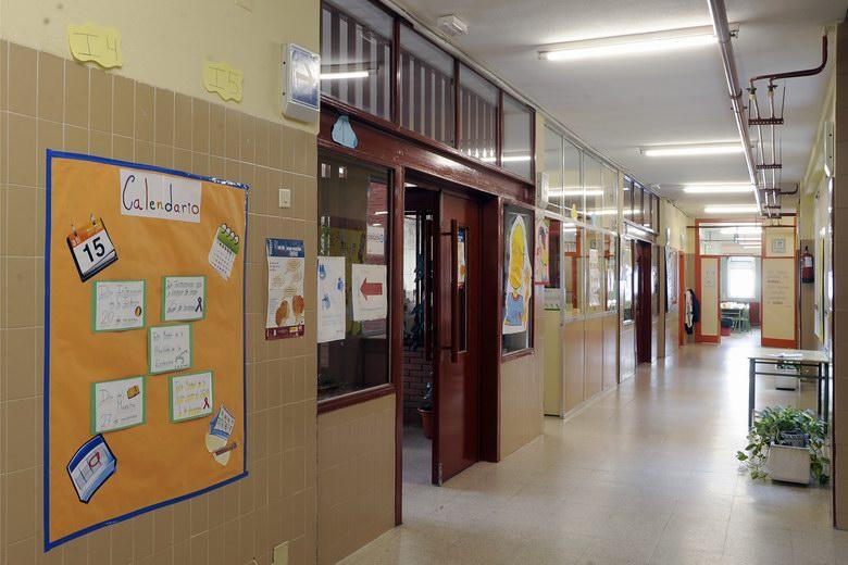 Arranca el plan de actuación en la limpieza de los colegios públicos de Móstoles