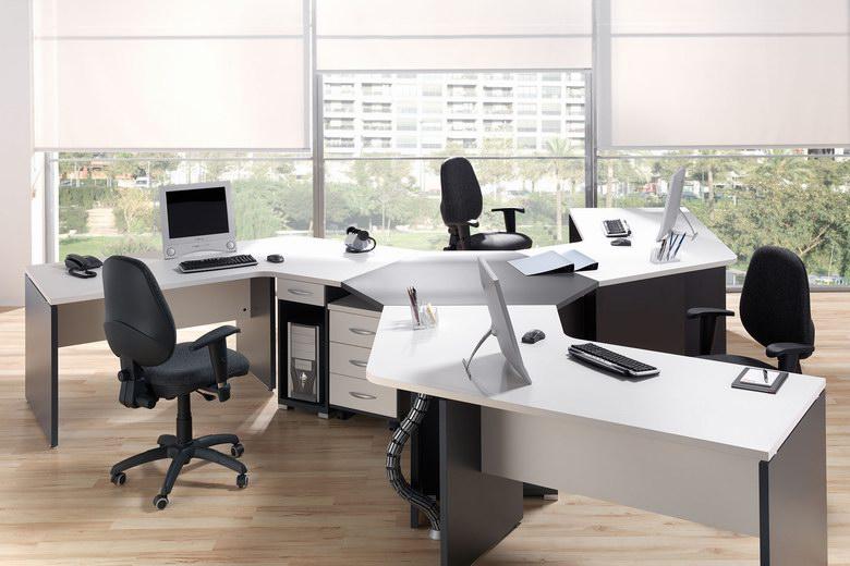 la empresa avanza dona el mobiliario de sus oficinas al