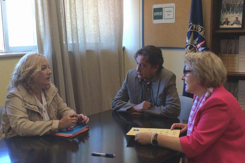 Parla inicia una vía de colaboración con la UNED para mejorar la inserción laboral en el municipio