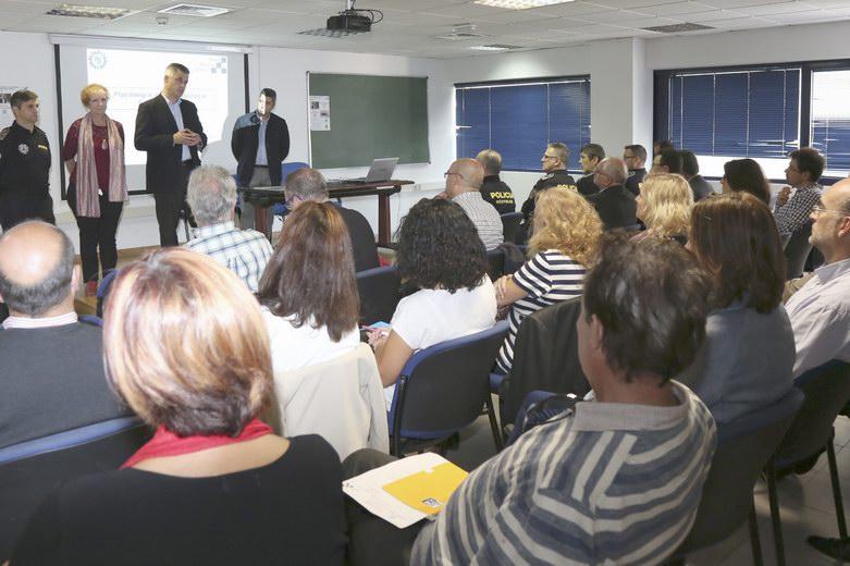Móstoles pone en marcha un nuevo plan para garantizar la seguridad en las aulas