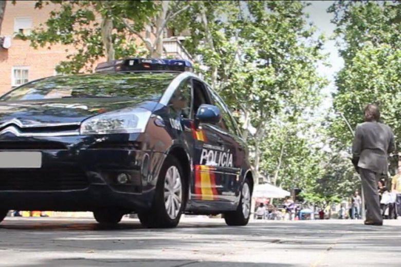 La Policía Nacional detiene a dos jóvenes por cometer 18 robos a menoresde Vallecas