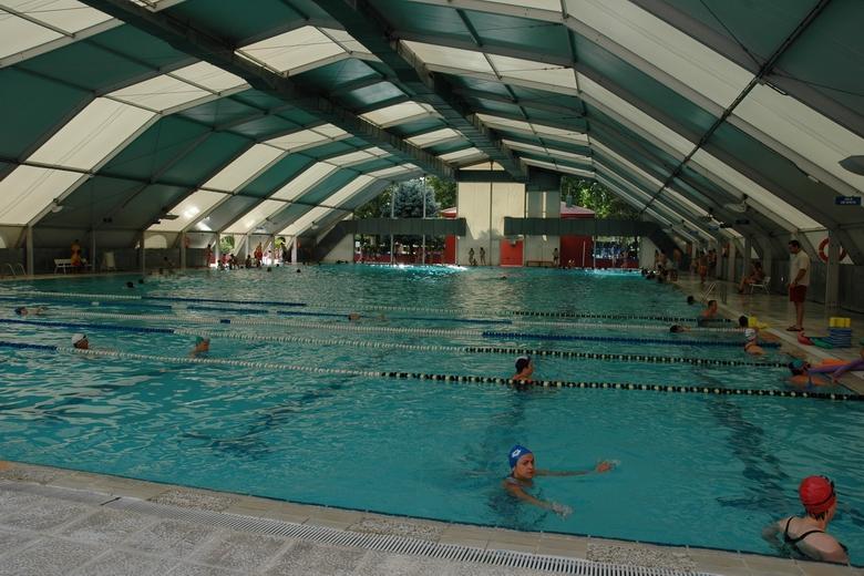 Mejoras en la piscina municipal de fuenlabrada con la for Gimnasio con piscina fuenlabrada