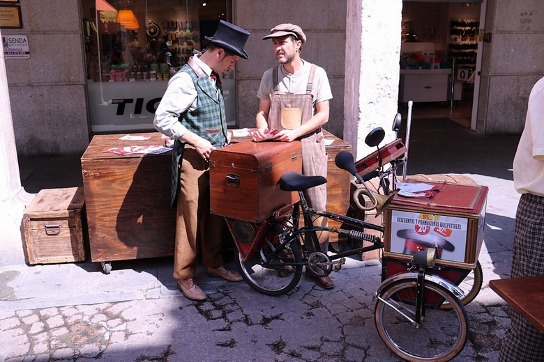 La campaña 'Comercios mágicos' llega a Villaviciosa de Odón para apoyar al comercio local