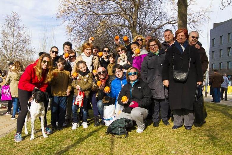Mucha diversión y mascotas bendecidas en la celebración de San Antón en Pinto