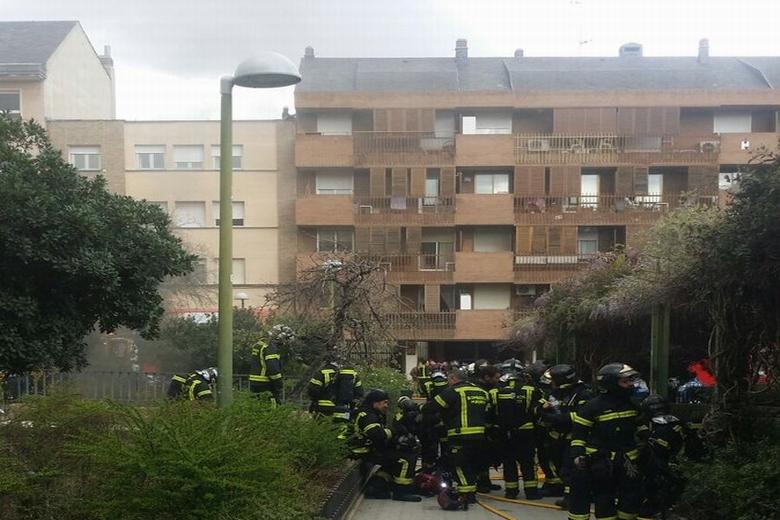 incendio-garaje-calle-huesca-tetuan-02