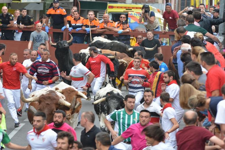 Seis Heridos Leves En El Segundo Encierro De Las Fiestas De San