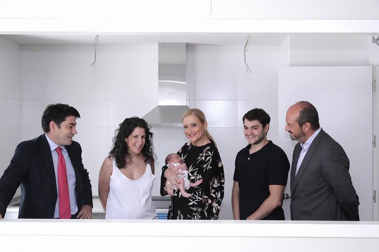 La comunidad de madrid entrega 140 nuevas viviendas - Chino arroyomolinos ...