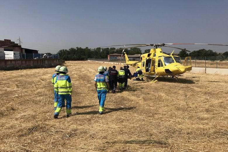Herido grave un trabajador de 39 años al caer desde unos 6 metros de altura cuando pintaba una nave en Paracuellos