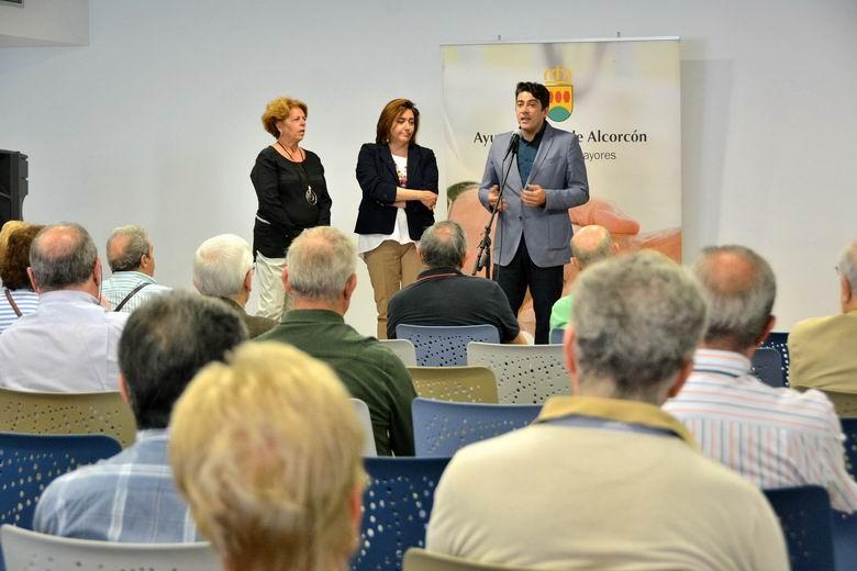 Alcorcón aumenta el número de plazas ofertadas en los talleres de los centros de mayores