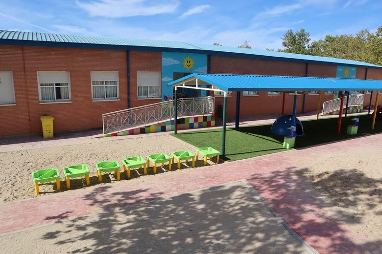 Los centros escolares de Fuenlabrada pueden solicitar ya la subvención municipal de hasta 285 euros por aula para la compra de purificadores con filtro HEPA
