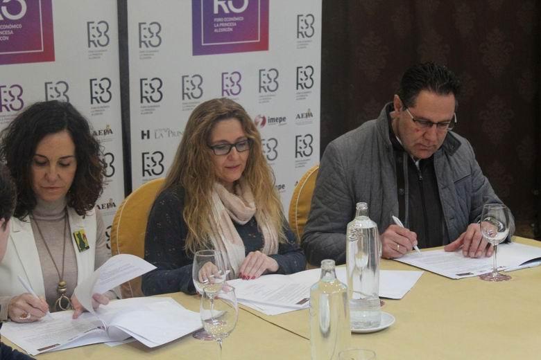 El IMEPE, la Asociación de Empresarios y Profesionales de Alcorcón y el Hotel La Princesa suscriben un convenio de colaboración para la puesta en marcha de un Foro Económico en la ciudad
