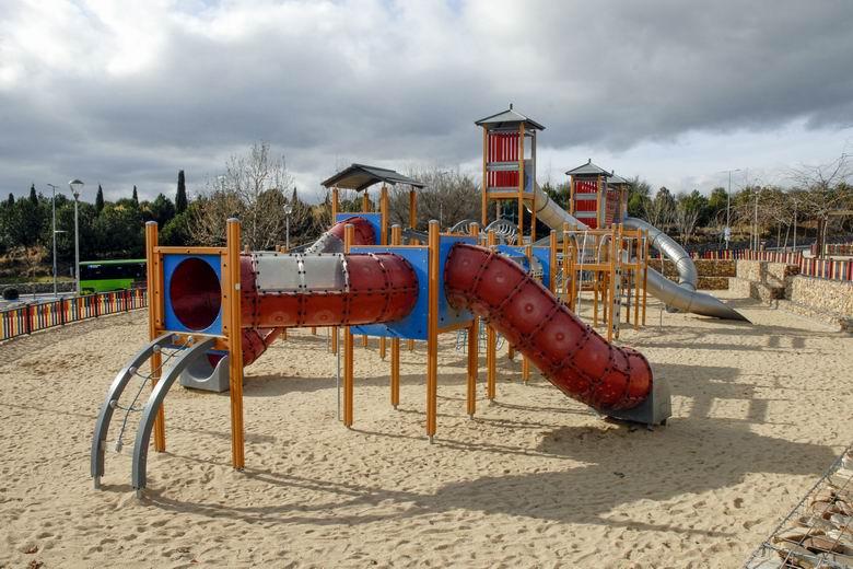 Las Rozas reabre los parques infantiles de la ciudad con un servicio especial de limpieza