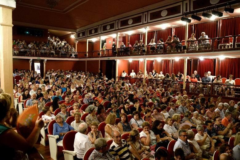El viernes arranca la nueva programación del Teatro Salón Cervantes de Alcalá con aforo reducido al 50%