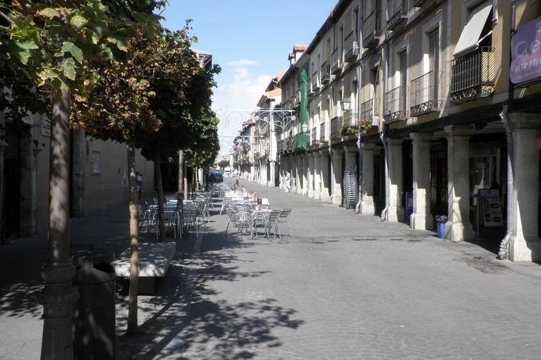 Alcalá aprueba los criterios excepcionales para la instalación de veladores y pérgolas