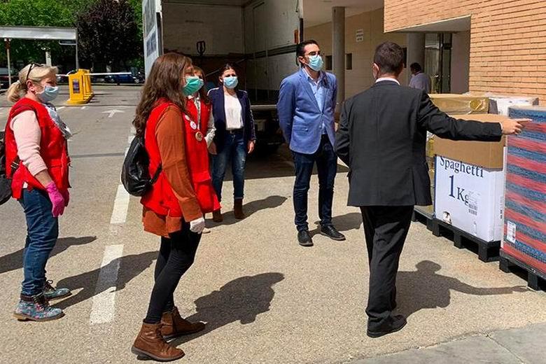 Pinto destina 10.000 euros a Cáritas y Cruz Roja para reforzar el servicio del Banco de Alimentos Municipal