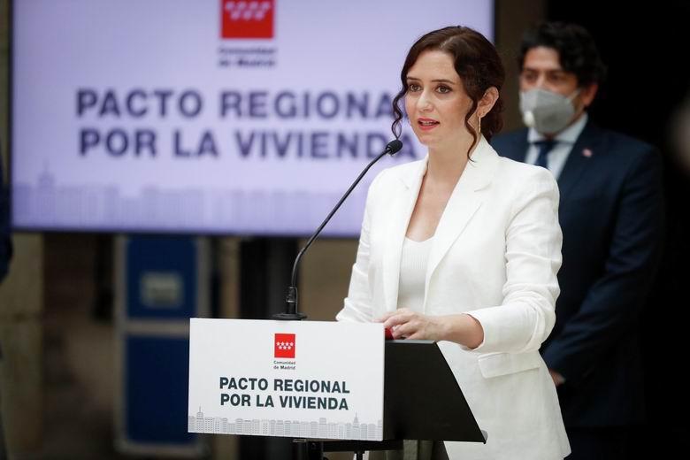 Díaz Ayuso suscribe un Pacto Regional por la Vivienda para impulsar la regeneración de empleo y riqueza tras el COVID-19