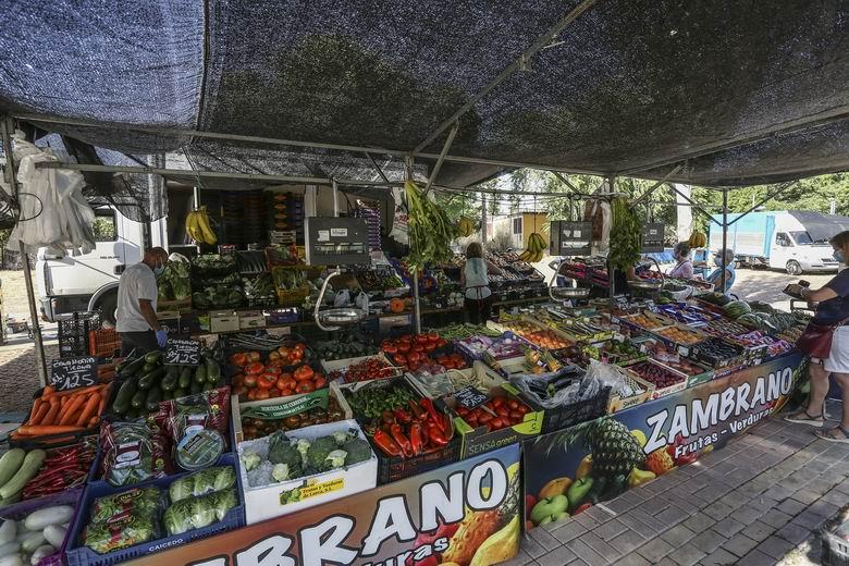 Vuelve el Mercadillo municipal de Torrejón que se suspendió por el temporal Filomena