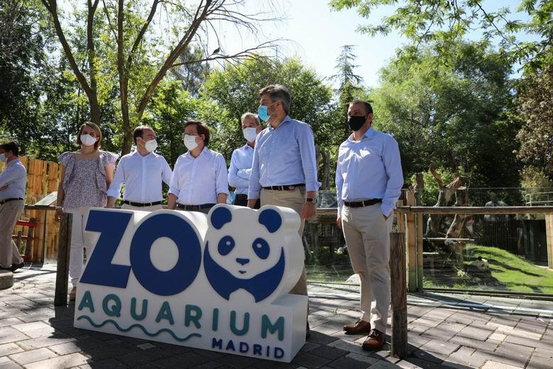 Reabren en Madrid el Parque de Atracciones, el Zoo y el Teleférico