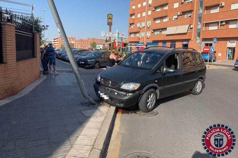 Aparatoso accidente de tráfico en Valdemoro con una persona herida leve