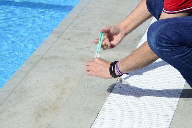 Boadilla realiza la campaña anual de vigilancia y control sanitario de las piscinas