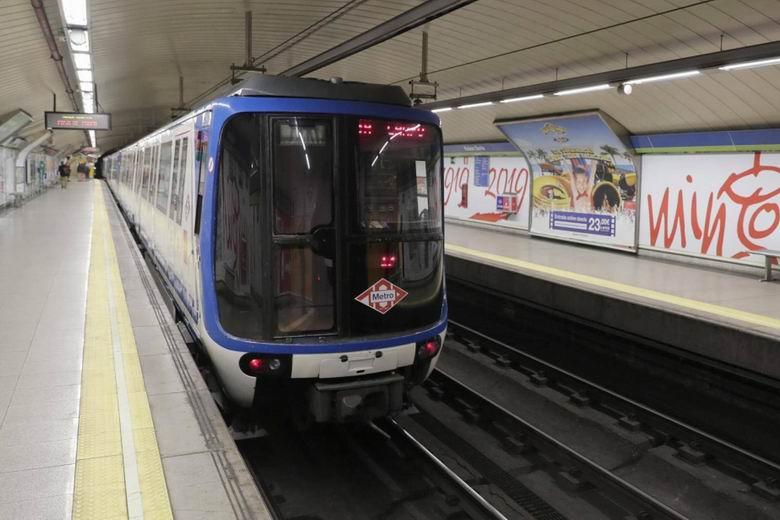 La Línea 8 de Metro funcionará toda la noche para conectar el aeropuerto con el centro de Madrid