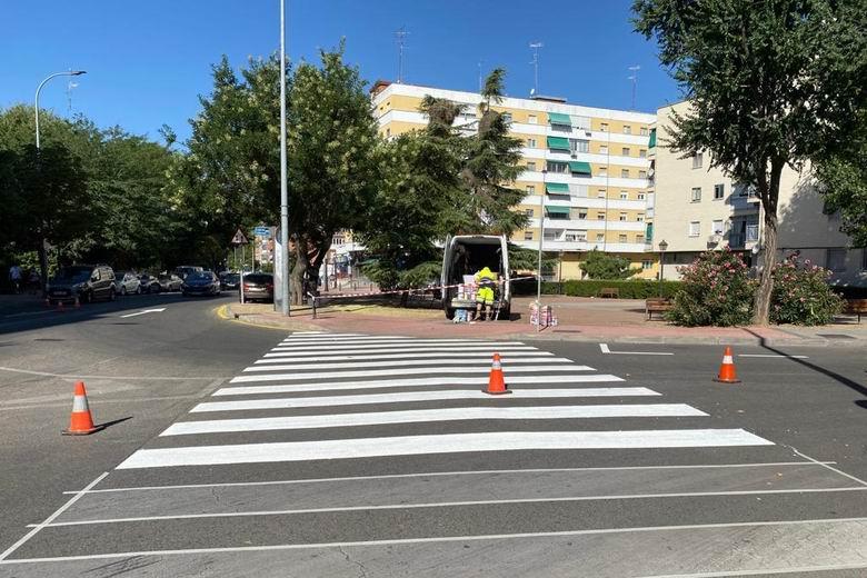 Móstoles mejora la seguridad vial de la ciudad con unas 500 actuaciones de bacheo y 3.600 m² de calles pintadas