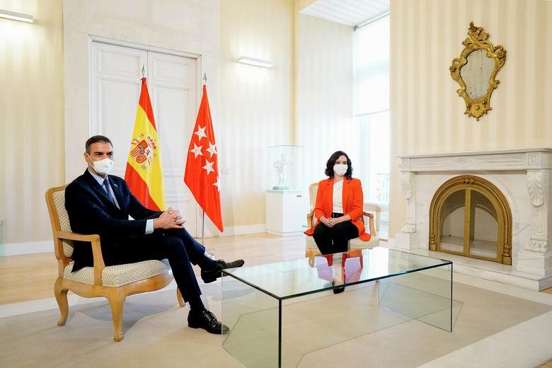 Sánchez y Ayuso se reunirán a primera hora del viernes para buscar una solución definitiva frente al COVID-19 en la región