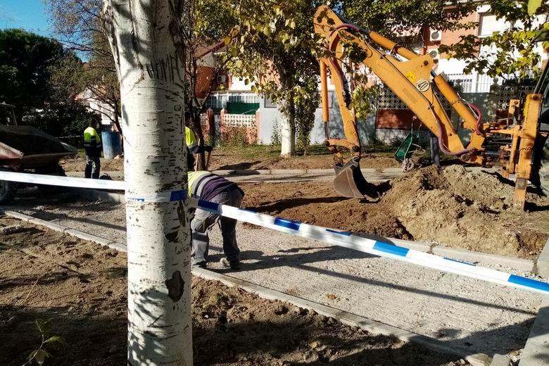 Getafe trabaja en una nueva senda facilitará el paso entre las calles José Echegaray y Francisco Chico Méndez