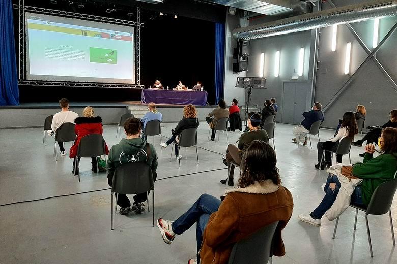 Parla presenta la nueva sección de Juventud en la web municipal