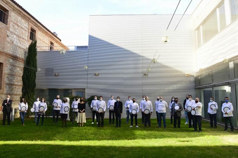Alcalá lanza una campaña de apoyo a la hostelería local bajo el lema 'Madrid lo tiene Claro. Elige Alcalá para comer'