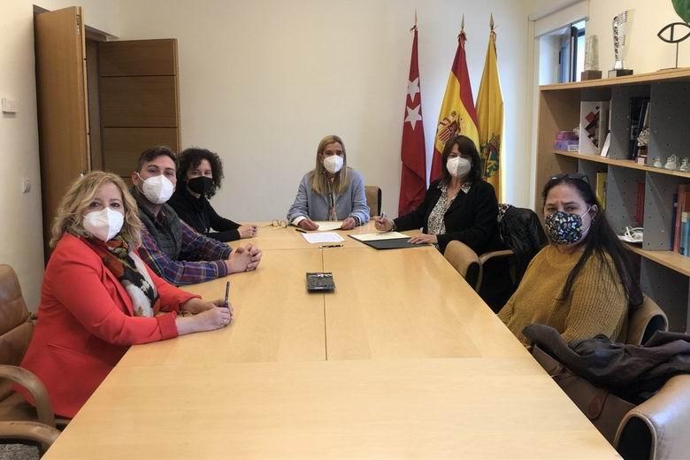 Collado Villalba firma un acuerdo con la Asociación Los Molinos para fomentar la integración de personas vulnerables