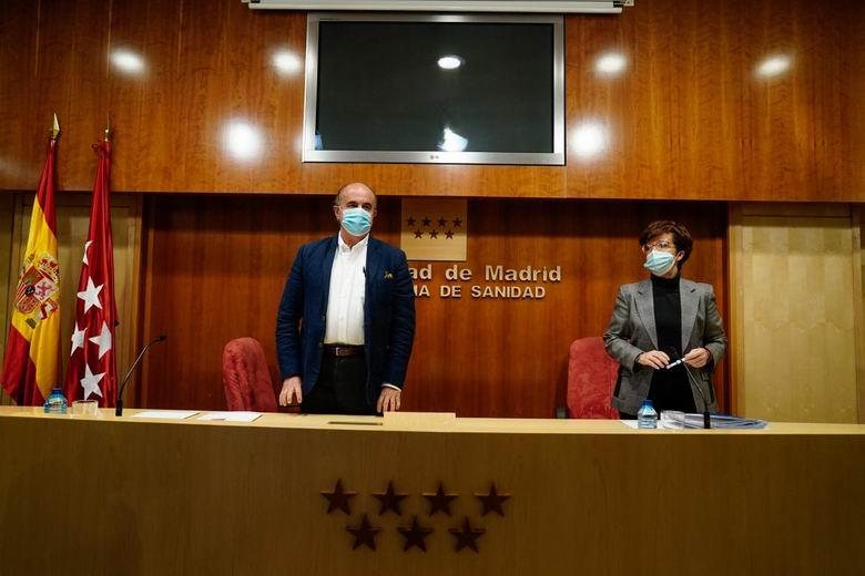 La Comunidad de Madrid confía en poder empezar a vacunar a los mayores de 70 años a partir de la segunda semana de abril