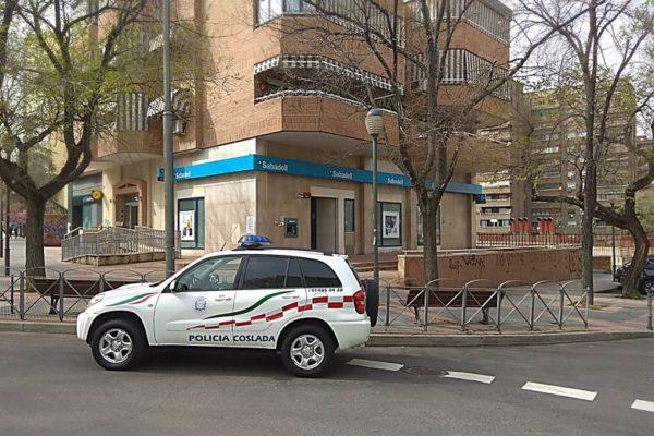 coslada intervencion policia local salva la vida de una persona
