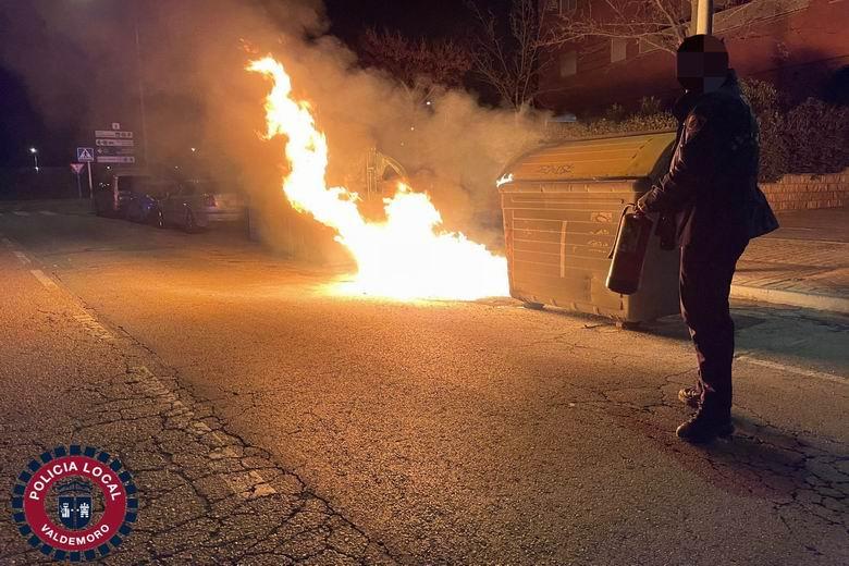 Denunciado un hombre de Valdemoro tras la quema de varios contenedores en el municipio