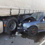 coslada accidente calle dinamarca calle holanda coche empotrado camion 02