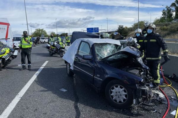 majadahonda accidente m50 dos muertos choque frontal 01